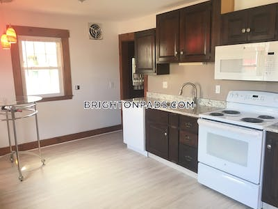 Brighton 3 Beds 2 Baths Boston - $2,700